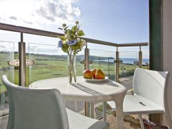 BALCONY OVERLOOKING NEWQUAY GOLF COURSE