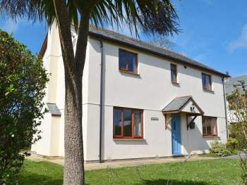 FABULOUS, DETACHED HOLIDAY HOME