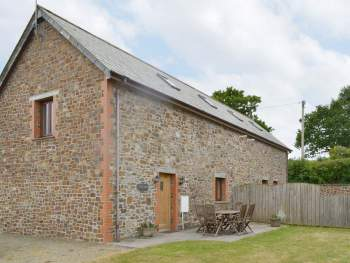 LOVELY SEMI-DETACHED BARN CONVERSION