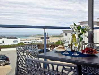 BALCONY WITH WONDERFUL SEASIDE VIEWS