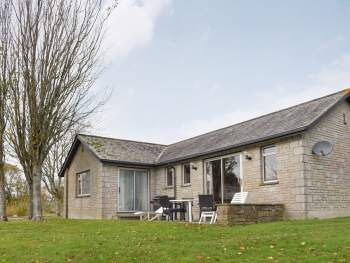 DELIGHTFUL DETACHED HOLIDAY HOME