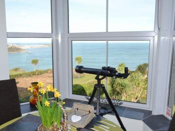 SPECTACULAR VIEWS ACROSS ST IVES BAY
