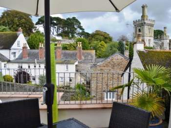 RELAX ON THE SUNNY TERRACE WITH DELIGHTFUL VIEWS OF THE CHURCH AND DOWN TO THE RIVER