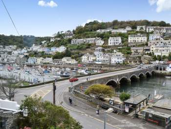 VIEWS ACROSS THE LOOE ESTUARY AND HARBOUR