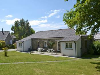 COMFORTABLE HOLIDAY COTTAGE