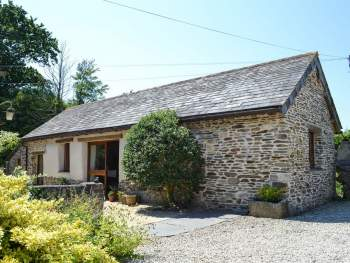 BEAUTIFULLY APPOINTED, CONVERTED BARN