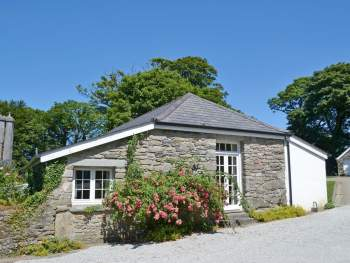 DELIGHTFUL SINGLE-STOREY COTTAGE