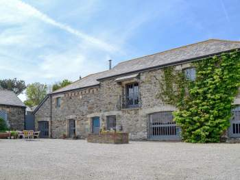 STUNNING GRADE II LISTED, DETACHED BARN CONVERSION